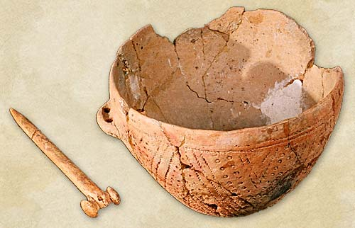 7.Bone pin and vessel with corded ornamentation, the Ochre Graves culture - Bronze Age